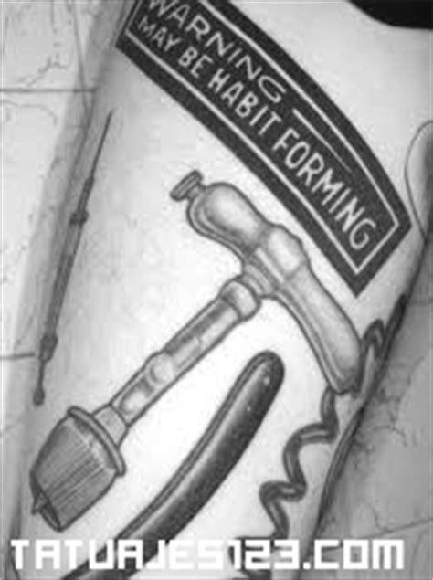 herramientas de trabajo tatuajes