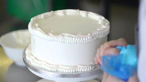 royal icing cake decoration master class  charlotte