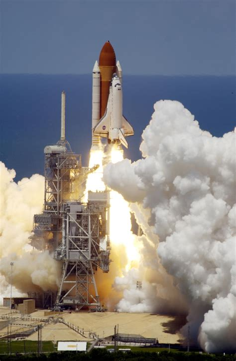 ESA - New Shuttle launch dates announced