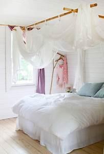 Voile De Lit : le ciel de lit pour une d co romantique de la chambre ~ Teatrodelosmanantiales.com Idées de Décoration