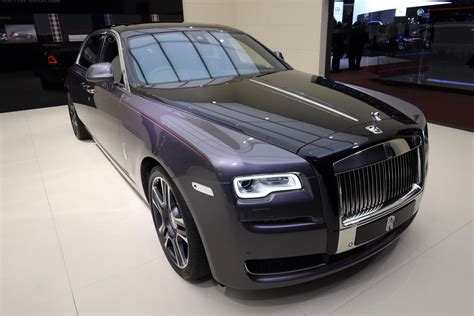 Rolls Royce Ghost Picture rolls royce destroyed 1 000 diamonds to paint this ghost