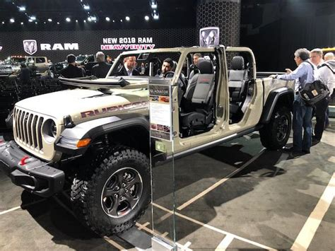 2020 Jeep Lineup by Meet Jeep S New Segment Crushing Lineup For 2019 Thestreet