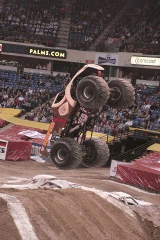 monster truck show sacramento ca sacramento california monster jam january 22 2010