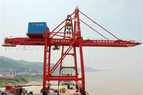 Home Overlooking Melbournes Shipping Ports by China Ship To Shore Container Crane Quay Crane Sts