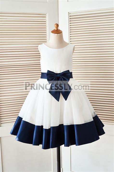 pleated hem sleeveless dress ivory satin tulle flower dress with navy blue belt