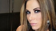 Mickie James Height, Weight, Age, Body Statistics ...