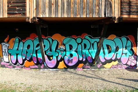 """Diese seite enthält eine übersicht aller saisonspiele für den verein vfb stuttgart in chronologischer reihenfolge. Graffiti Kindergeburtstag """"HAPPY BIRTHDAY"""" - Graffiti ..."""
