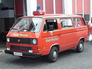 Was Ist Ein Bus : dies ist ein mannschaftstransportfahrzeug der feuerwehr bochum fotografiert an der feuer und ~ Frokenaadalensverden.com Haus und Dekorationen