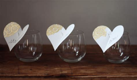 diy wine glass place cards