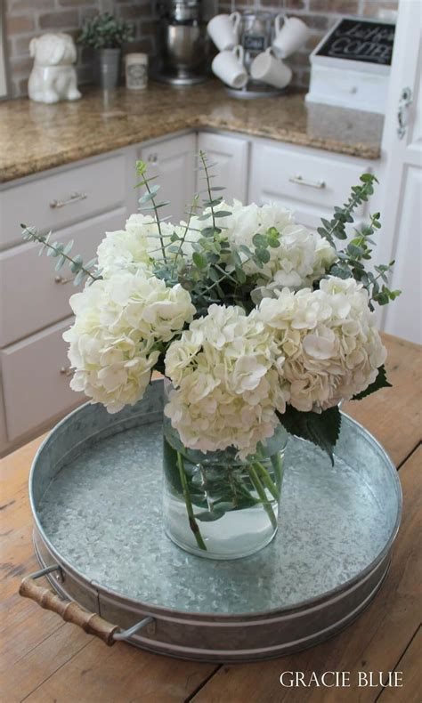 Flower Decoration Ideas For Kitchen by 14 Best Farmhouse Style Flower Arrangements Ideas And