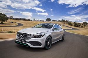 Mercedes Classe B 2016 : 2016 mercedes benz a class review caradvice ~ Gottalentnigeria.com Avis de Voitures