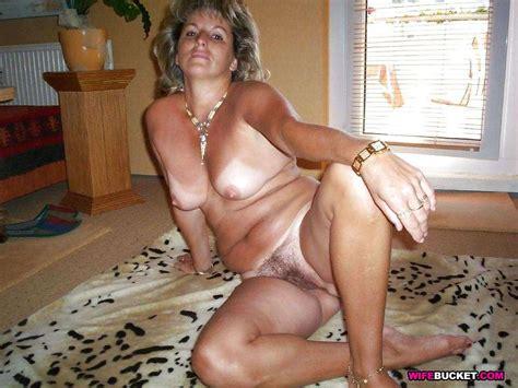 Wives On Vacation Classic Mega Porn Pics
