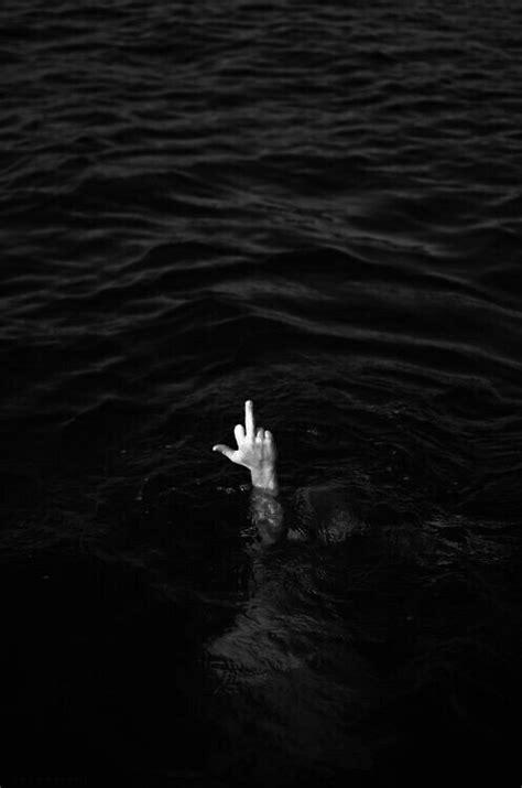 middle finger on Tumblr