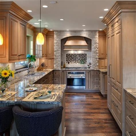 kitchen colors pictures the 25 best kitchen peninsula design ideas on 3394