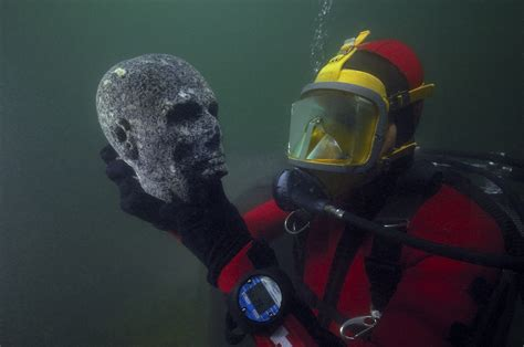 ancient egyptian artifacts revealed   sunken city