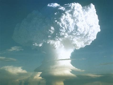 Operation Mike and the first thermonuclear bomb test ...