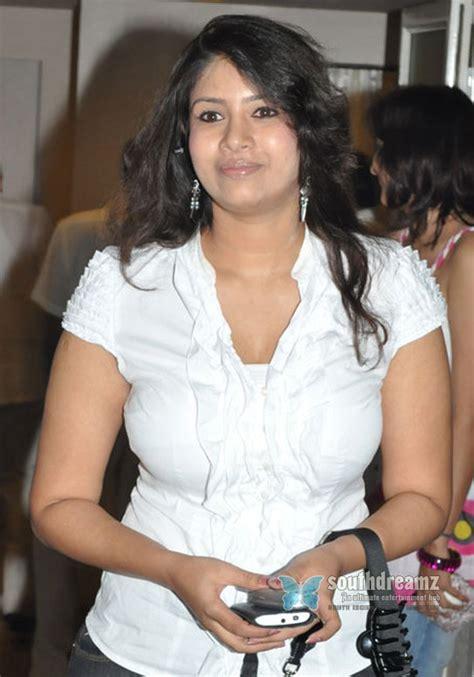 unseen tamil actress images pics hot sangavi big boob hot