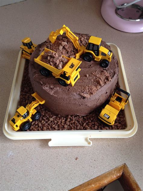 construction cake ideas 170 best images about construction on 3026