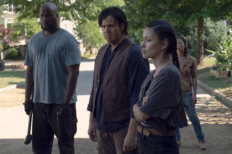walking dead zombies talking