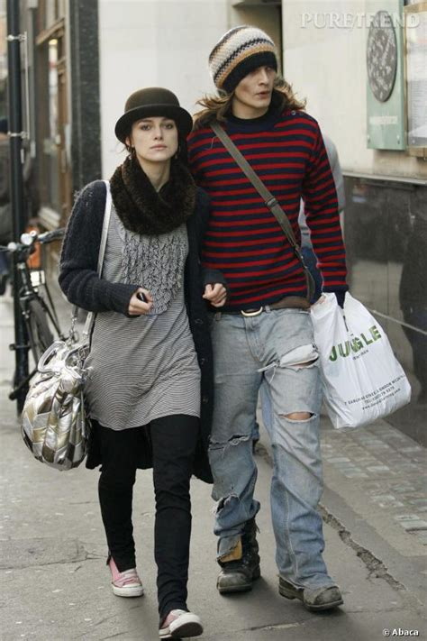 total  grunge pour rupert qui succombe comme keira