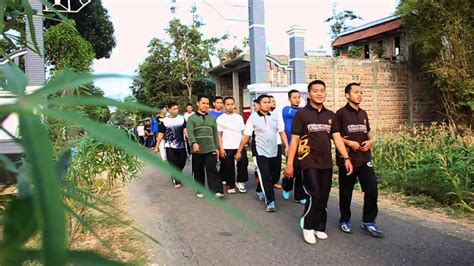 Liputan Olahraga Pagi Asatidz Pondok Modern Darussalam