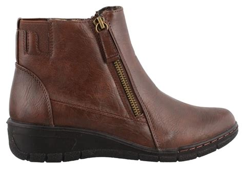 Easy Street Beam Boot Womens Ankle Boots Low Heel