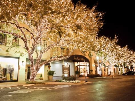 best dallas area neighborhoods for spectacular holiday