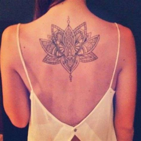 fior di loto tatoo tatuaggi fiori di loto origine significati e foto