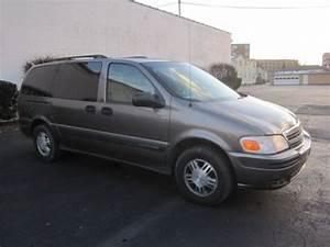 Find Used 03 04 05 Chevy Venture Lt Extended Mini Van 7