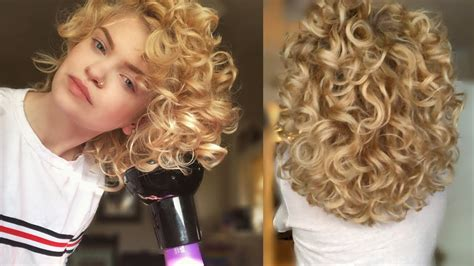 How I Diffuse My Natural Curly Hair for Voluminous 2B/C