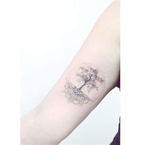 tatouage mandala arbre de vie  craque pour  tatouage