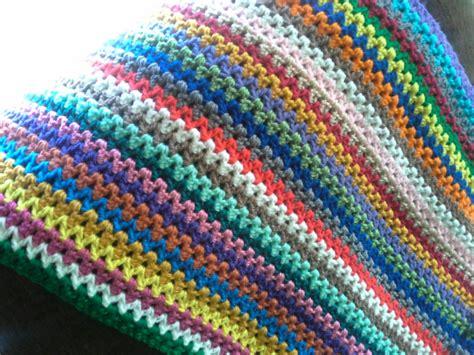 how to crochet av stitch v stitch crochet afghan the sparkly toad