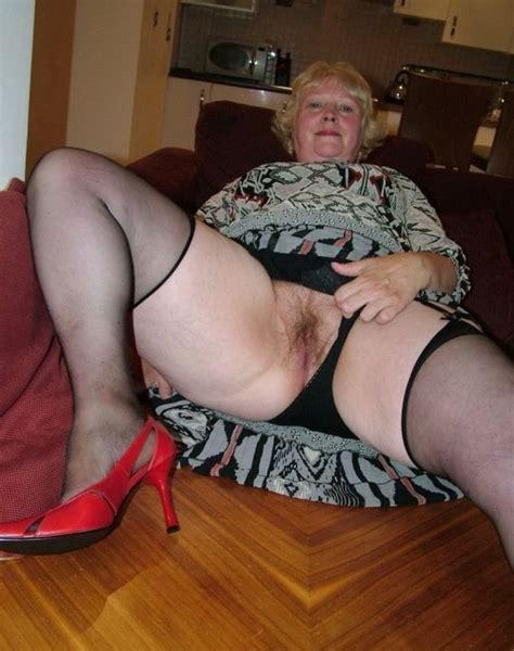 granny pussy mature porn pics