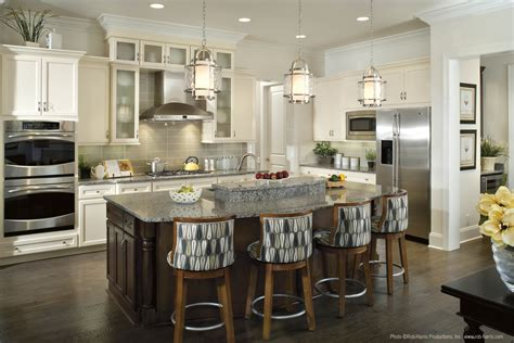 kitchen pendant lighting over island pendant lighting over kitchen island the perfect