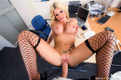 candy sexton devours a huge cock in the office pichunter