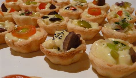 canapes m file canapes jpg wikimedia commons