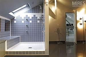 1000 images about salle de bains en sous pente on With salle de bain sous comble