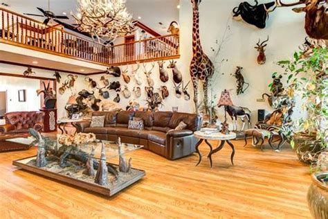 Taxidermy Home Decor: This Gretna Home Is Filled With Taxidermy, Including A