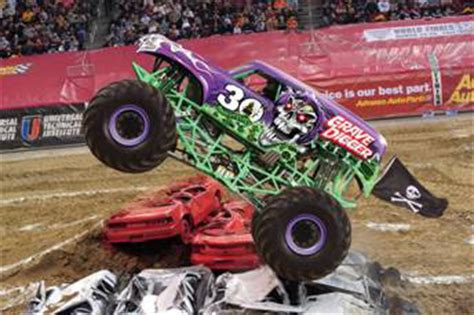 grave digger monster truck 30th anniversary grave digger monster truck 30th anniversary www pixshark