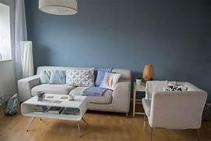 wohnzimmer makeover mit wandfarbe blaue wand farbe blau With farbe im wohnzimmer