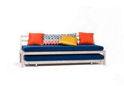 canapé lit petit espace lit gain de place lit escamotable et canapé convertible