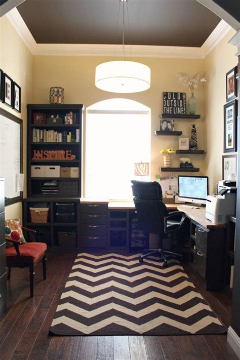 How To Decorate Office - 11 simple office decorating tips to help increase your