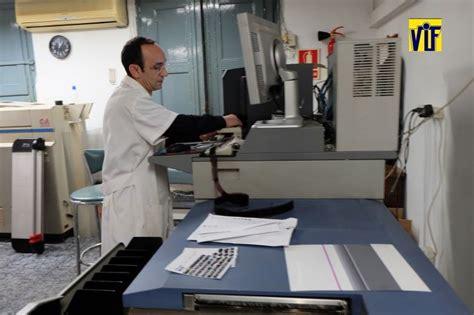 Coloration Vif Color Vif Laboratorio Fotogr 225 Fico Profesional Barcelona Foto Barata Fotos Dni Al Momento