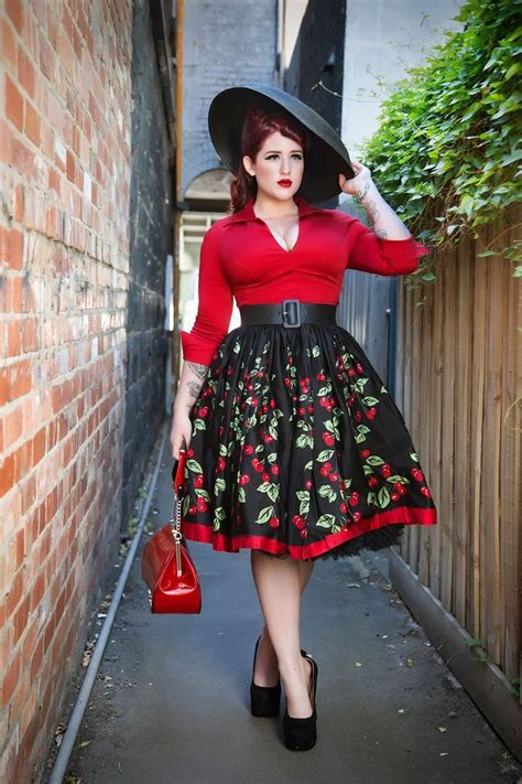 pull   size rockabilly clothing
