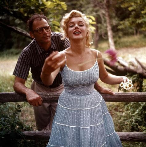 """BuzzFeed Books on Twitter: """"9 Rare Color Photos Of Marilyn"""