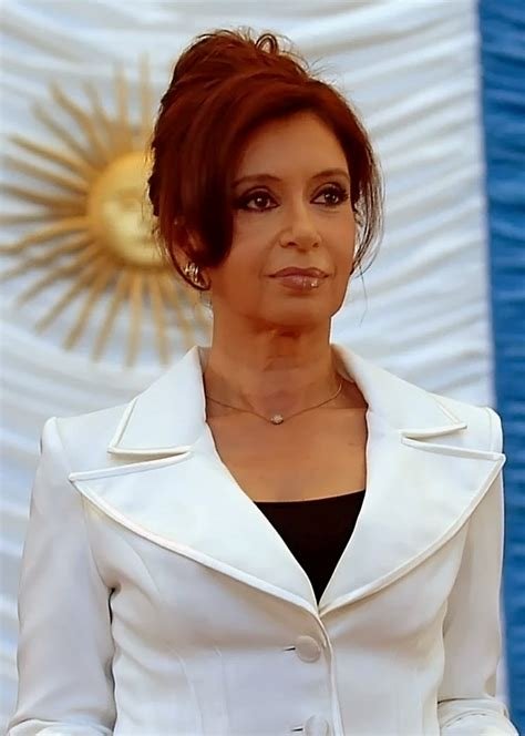 She was previously married to néstor kirchner. La crise de l'euro: Cristina Kirchner réplique au FMI