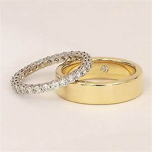 wedding rings the symbol of two hearts joined With husband and wife wedding rings