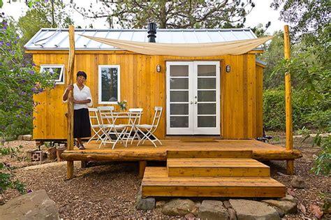 Tiny Häuser Anschauen by Ein Tiny House Mit 13 Quadratmetern Wohnfl 228 Che