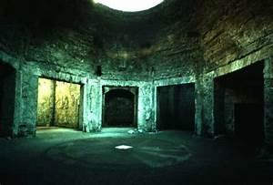 View Article: Visiting the Domus Aurea