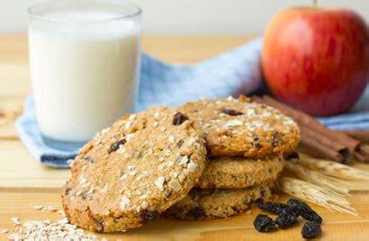 The chewiest, tastiest, and easiest oatmeal cookies recipe ever! Apple Oatmeal Raisin Cookies | Diabetic Recipe - Diabetic ...